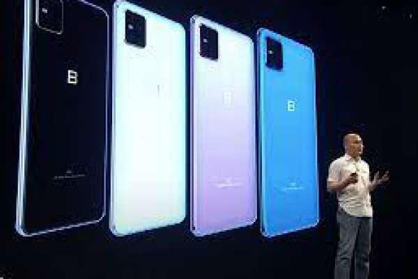So sánh smartphone Việt. Bphone B86 & Vsmart Live